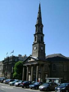 Catttedraledi St Andrews ad Edimburgo wikipedia.org