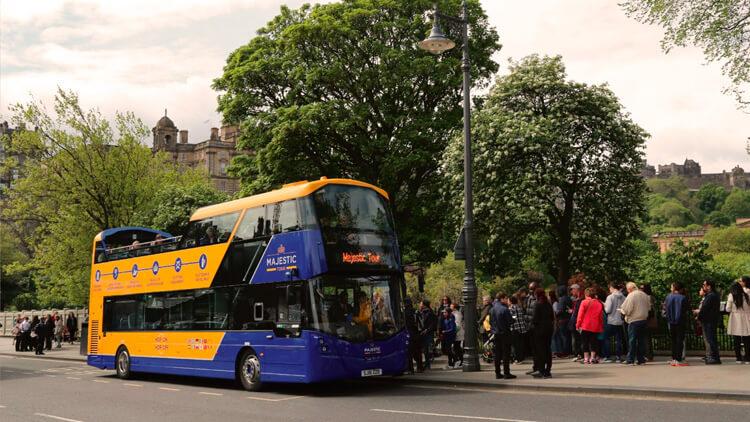 Autobus turistico di Edimburgo