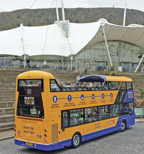 bus-turistico-di-edimburgo