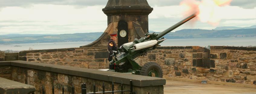 Cannone dal Castello di Edimburgo