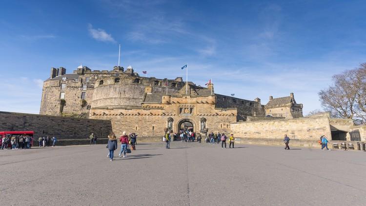 Castello di Edimburgo e piazzale