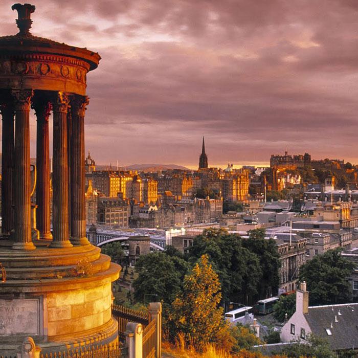 Edimburgo dalla collina di Calton Hill