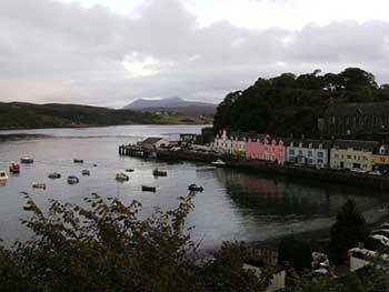 Vista di Portree, isola di Skye