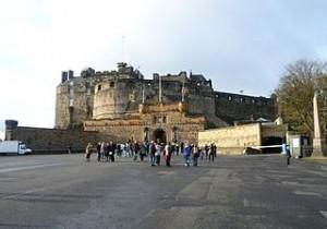 Castello di Edimburgo dalla Spianata
