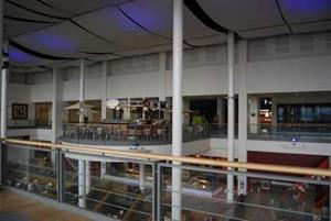 Interno del centro commarcial Ocean Terminal a Leith