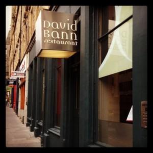 Insegna di David Bann St. Mary Street Edimburgo