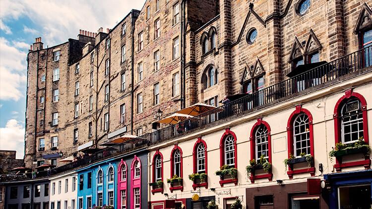 Edifici di Victoria Street, nella Old Town