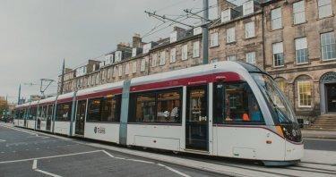 Il trasporto pubblico ad Edimburgo e le zone di parcheggio